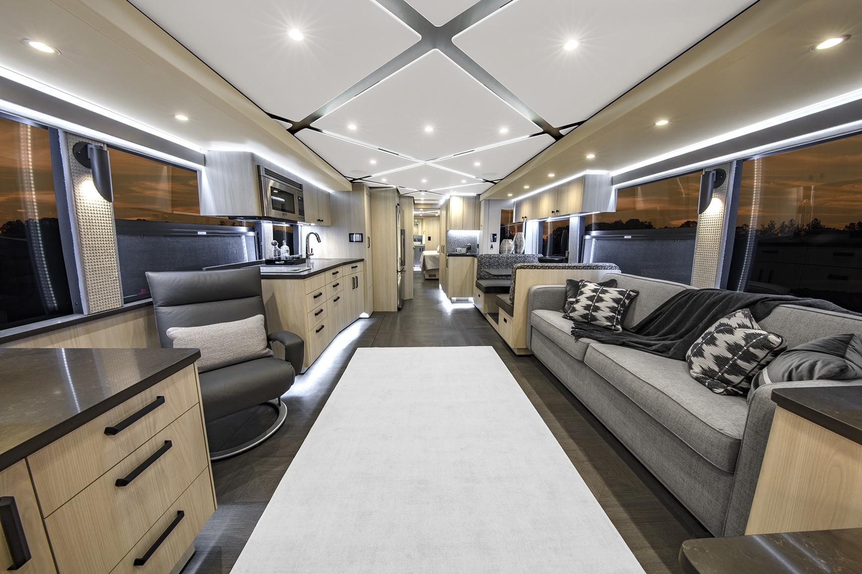 living room Featherlite Vantare Platinum Plus