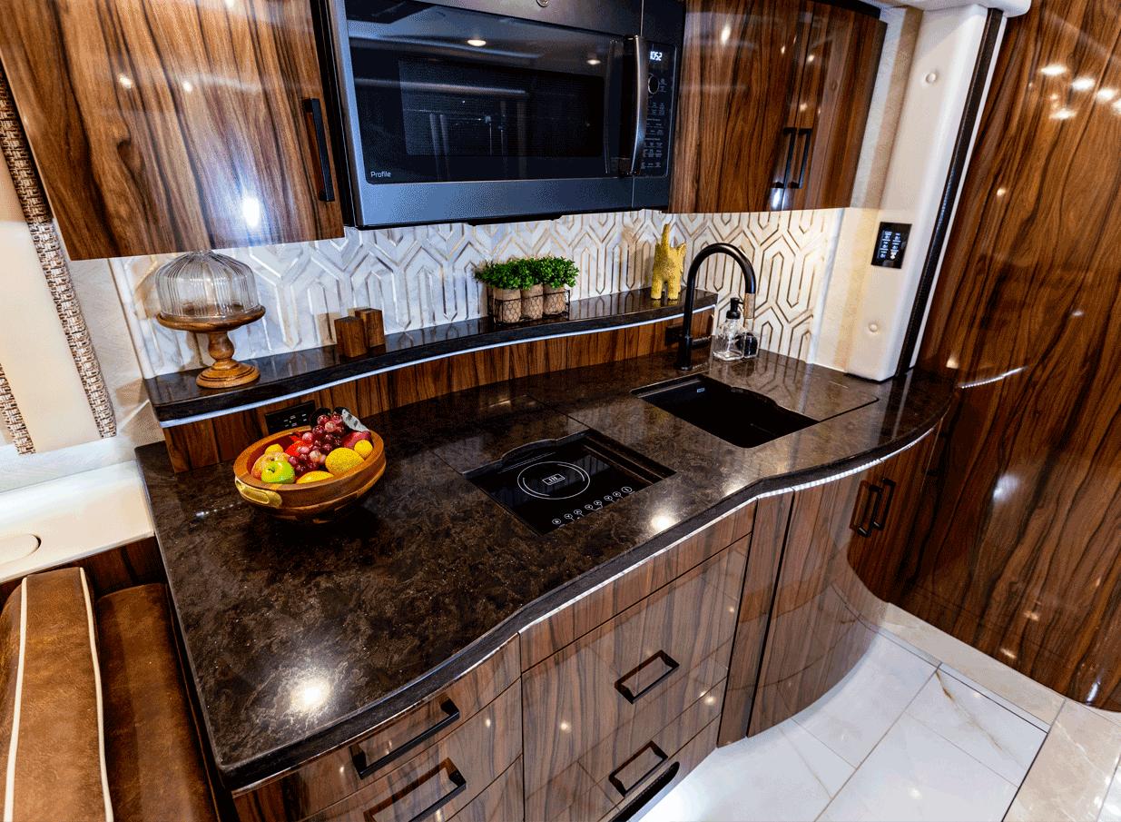 kitchen photo Foretravel IH-45